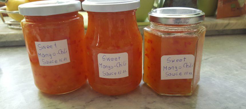Sweet Mango-Chili Sauce